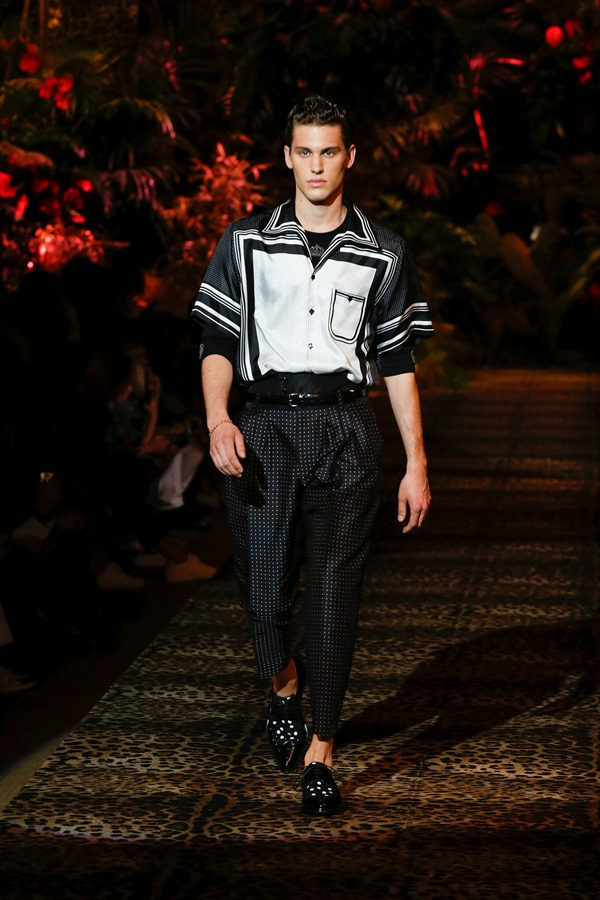 Dolce&Gabbana Men's Fashion Show Spring-Summer 2020 (76)