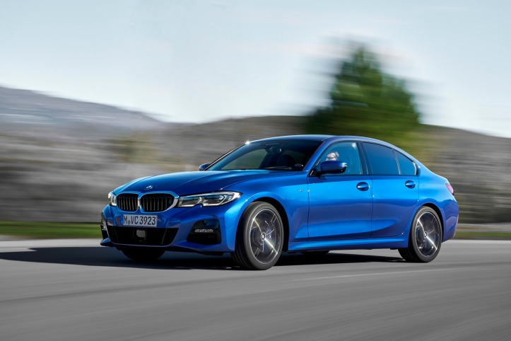 P90332432_highRes_the-all-new-bmw-330i.jpg