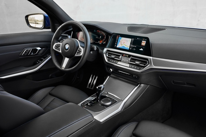 P90332482_highRes_the-all-new-bmw-330i.jpg