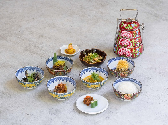 Candlenut - Ah Ma Kase Set.jpg