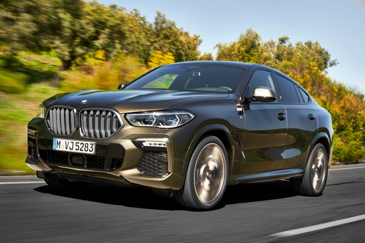 P90356693_highRes_the-new-bmw-x6-drivi