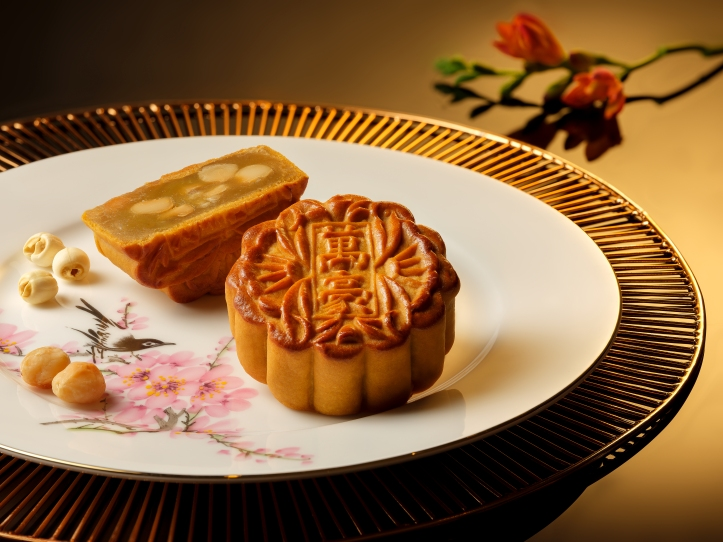 White Lotus Seed Paste Baked Mooncakes with Macadamia Nuts.jpg
