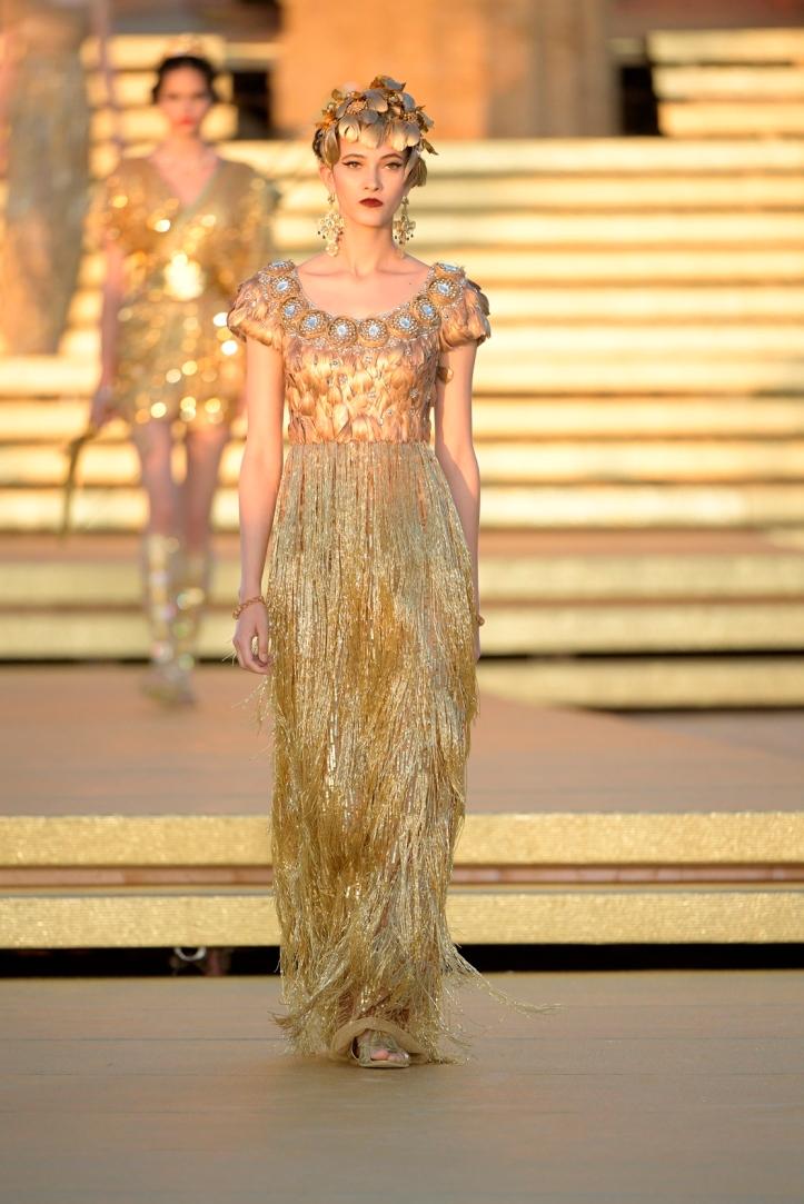 Dolce&Gabbana_Alta Moda_Agrigento_2019_Runway (2)