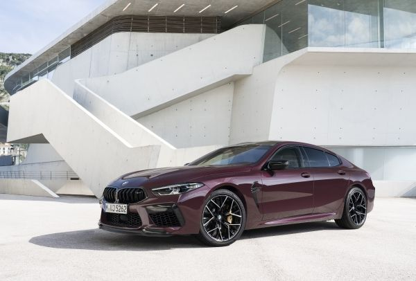 P90369569_lowRes_the-new-bmw-m8-gran-