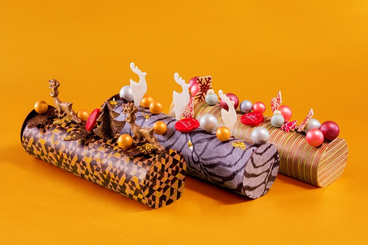 D9 Festive Logcakes