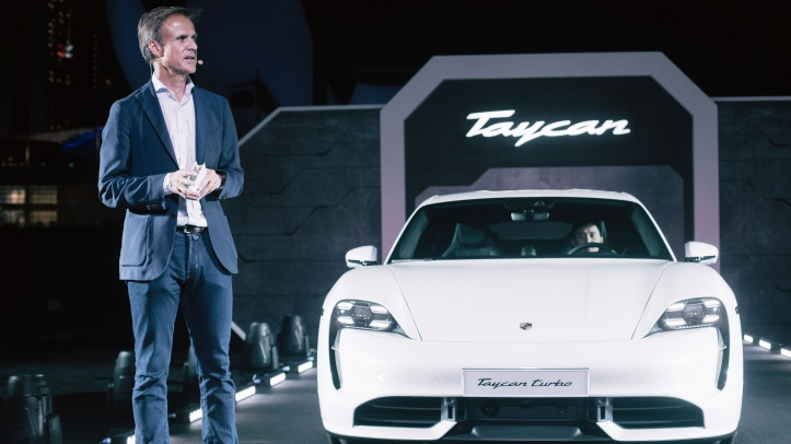 high_michael_mauer_vice_president_style_porsche_taycan_turbo_asia_pacific_premiere_of_the_taycan_singapore_2019_porsche_ag