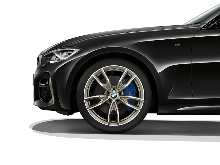 P90329421_highRes_the-all-new-bmw-3-se