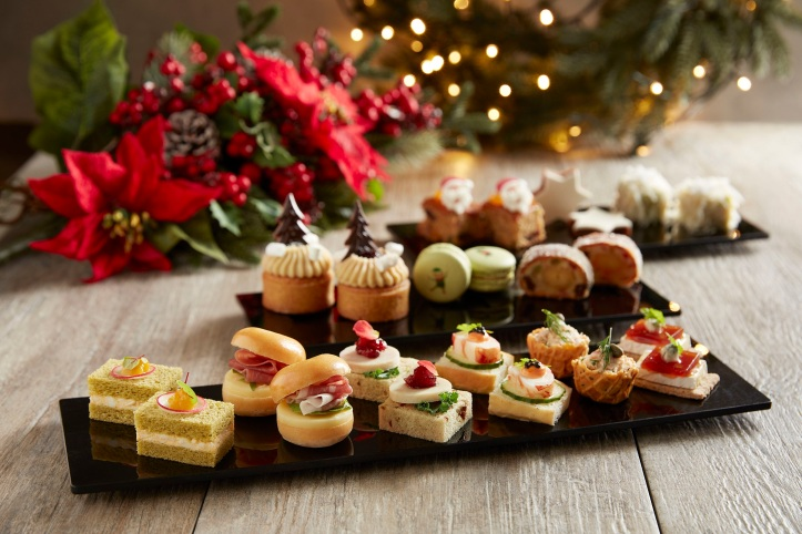 The Fullerton Festive Dining 2019 - The Courtyard Afternoon Tea close up