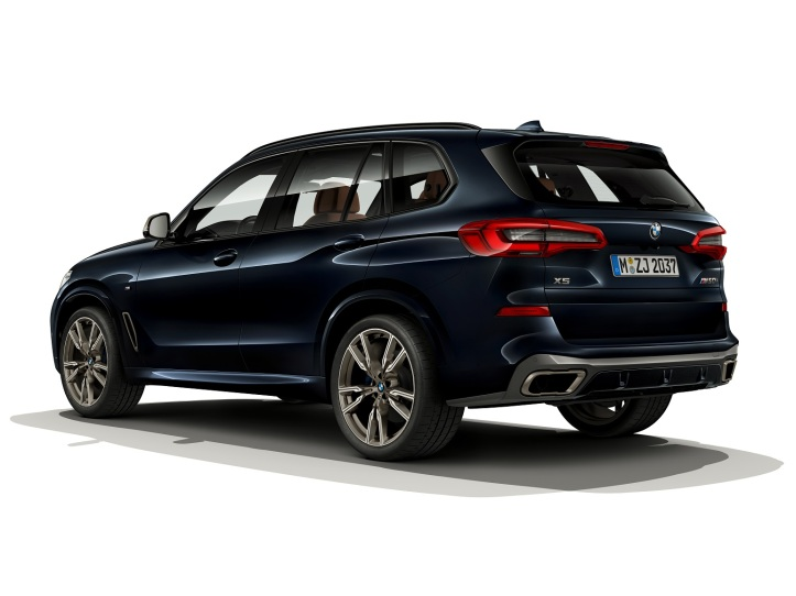 P90351128_highRes_the-new-bmw-x5-m50i-