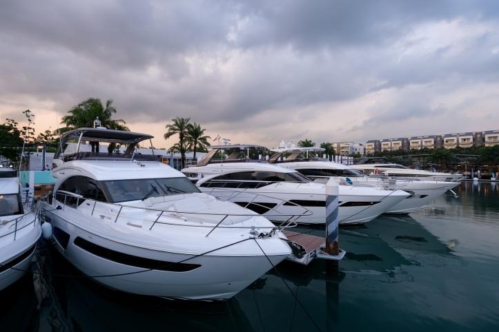Singapore Yacht Show 02.jpg