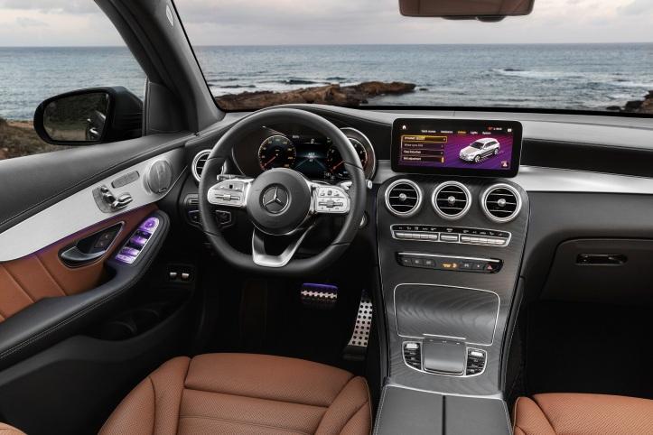 Der neue Mercedes-Benz GLC The new Mercedes-Benz GLC
