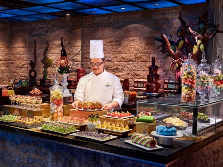 Edge - Dessert Theatre with Chef