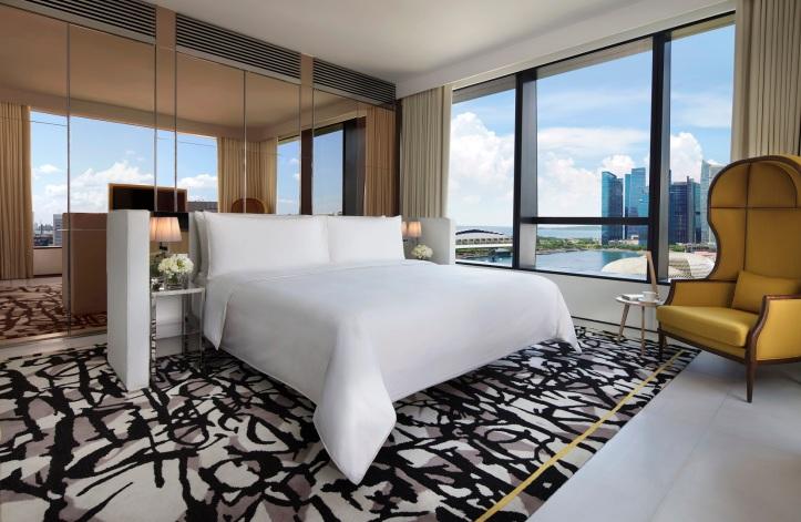 Premier Marina View Suite, Bedroom