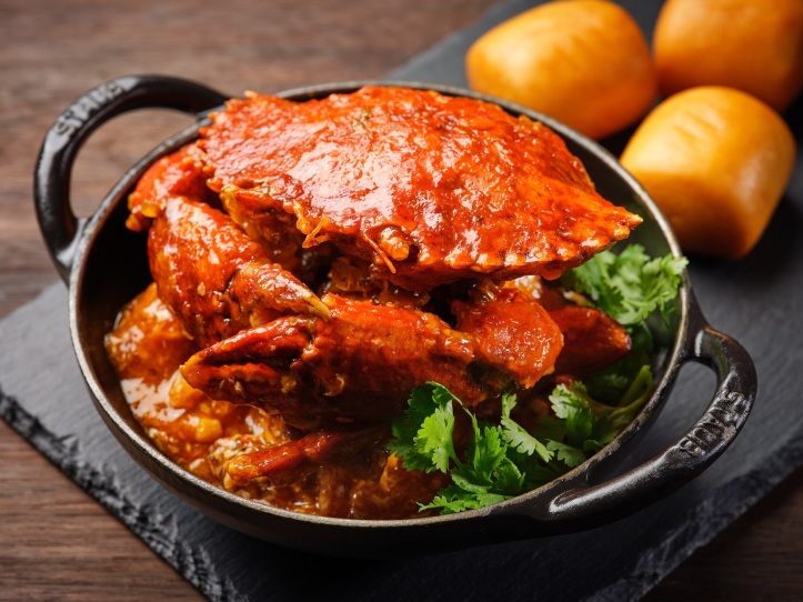Singapore Chilli Mud Crab with Mantou and Steamed Fragrant Rice