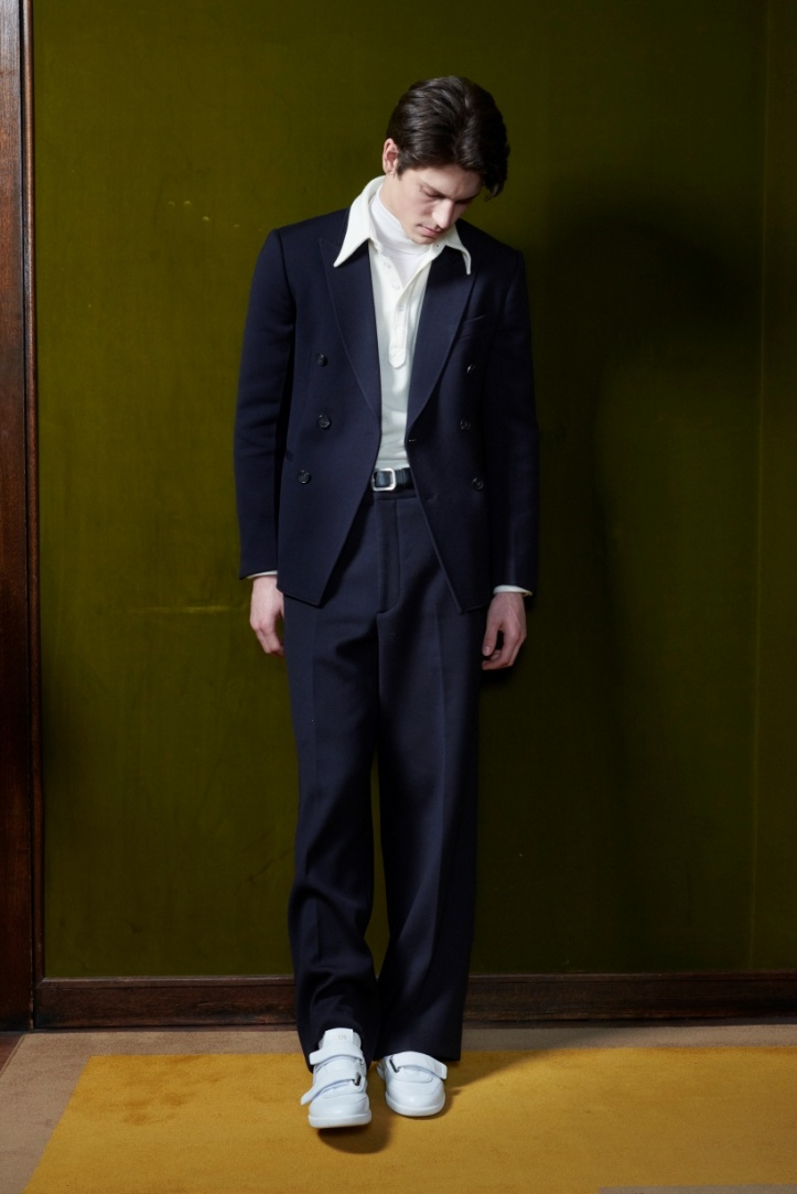 resize_tods-man-fw21-look-17