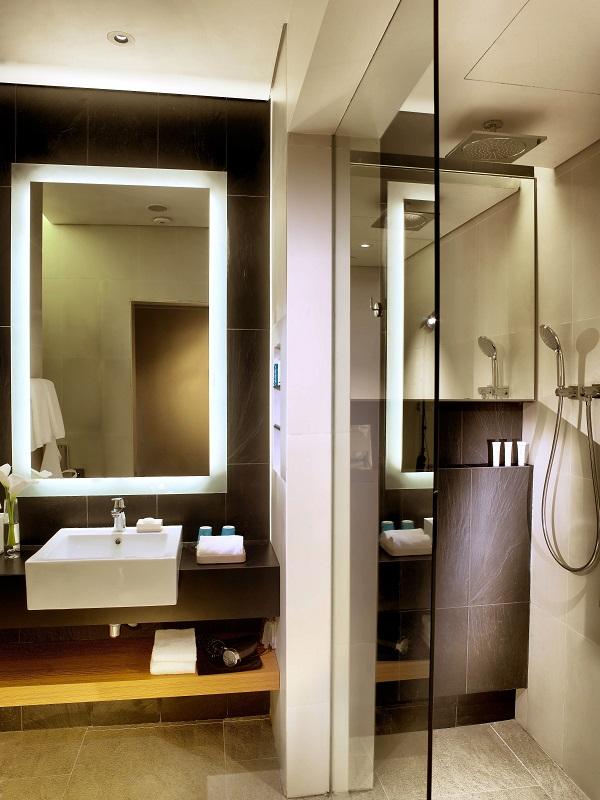 One Farrer Hotel- Mint Room, Bathroom