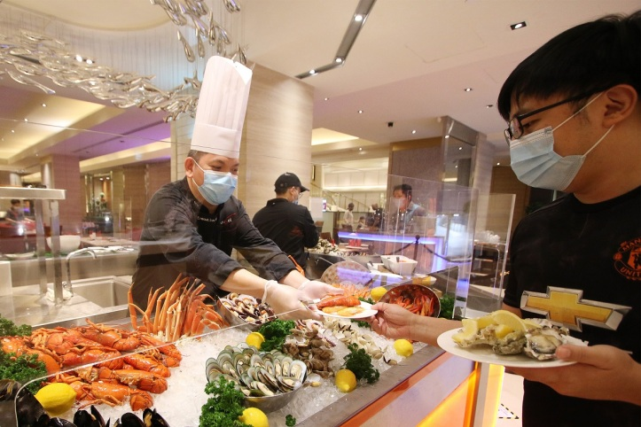 Staff-served Buffet Line at Carousel's Signature Seafood Counter, Royal Plaza on Scotts
