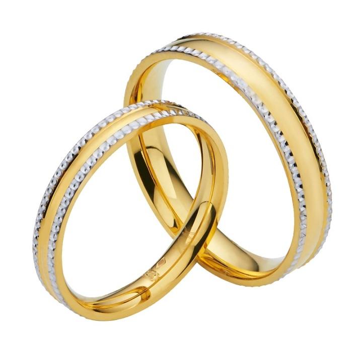 Poh Heng Wedding Band - White gold-platted diamond cutting border on 22K yellow gold band