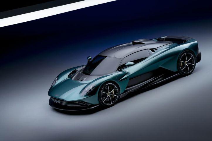 Aston Martin Valhalla (5)