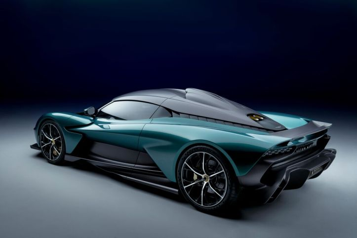 Aston Martin Valhalla (7)