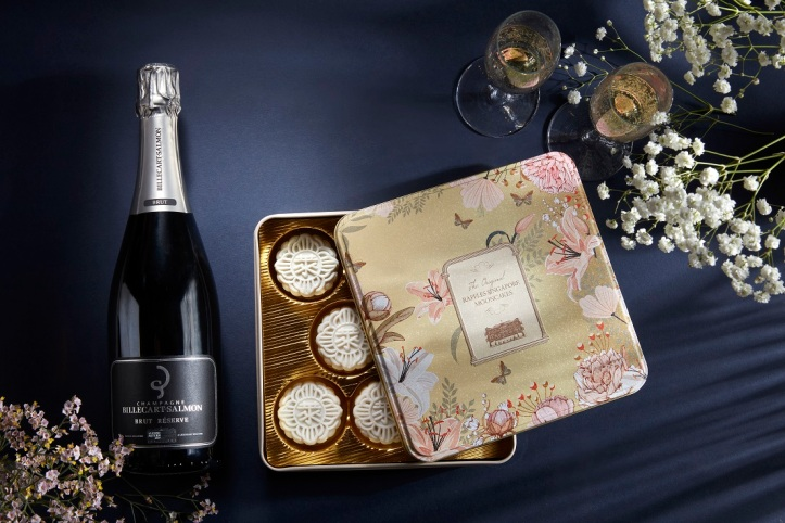Champagne Truffle Snow-Skin Mooncake - with Billecart Salmon